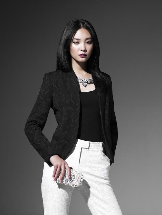 black blazer  w wht
