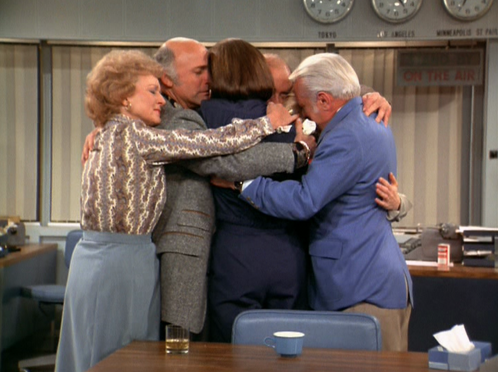 SHOW_Mary_Tyler_Moore_Show_finale_hug